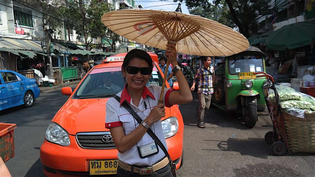 Wilai is a licensed private tour guide in Chiang Mai, Thailand.